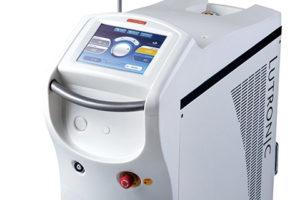 レーザーの熱で脂肪を溶かして吸引肌を引き締めながら脂肪を減らす